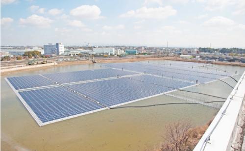 イビデンが昨年完成した愛知県高浜市での浮体式太陽光発電施設