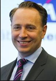 AXA CEOのThomas Buberl氏