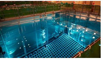 核燃料保管のためのプール