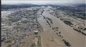 台風19号の影響で決壊した長野・千曲川