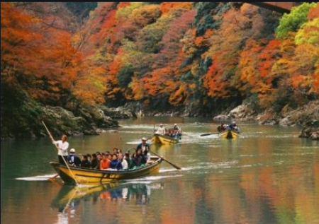 美しい自然を楽しむ保津川下り