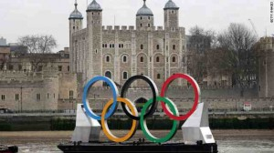 CNNlondon-olympics-ring-on-thames
