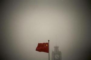 3月5日、中国国家発展改革委員会は、水力、原子力および風力による発電能力を2013年に合計4224万キロワット増やすことを目指す方針を示した。2月撮影(2013年 ロイター/Petar Kujundzic)