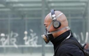 7月25日、中国は今後5年間で大気汚染対策に1兆7000億人民元(2770億ドル)を投じるもようで、社会的な不満の焦点のひとつとなっている問題に対して新政府が懸念を抱いていることが鮮明になった。北京で5月撮影(2013年 ロイター/Kim Kyung-Hoon)