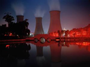 山東省・興隆荘(シンロンヂュアン)にある火力発電所の冷却塔
