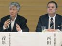 岩手、宮城、福島の被災者のための「ふるさと支援」発表会見に出席した菅原文太(左)、西田敏行