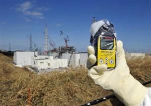 8月23日、国際原子力機関(IAEA)は、2011年の福島原発事故後、世界的に原子炉の安全性強化に向けて「相当前進」したとの認識を示した。写真は福島第1原発で2012年2月撮影(2013年 ロイター/Kimimasa Mayama/Pool)