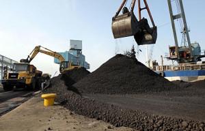 石炭火力用に輸入される膨大な石炭