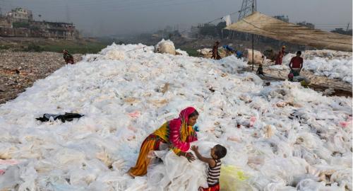 廃プラスチックも生活の糧に