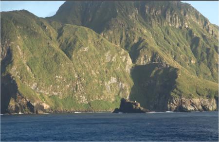断崖が続くインクレデブル島