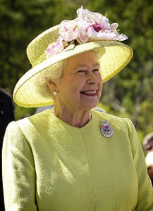 エリザベス女王は、1953年6月2日、ウェストミンスター寺院で戴冠された