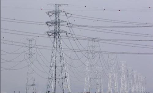 再エネ比率目標引き上げに伴い、電力網の増強も政策課題に