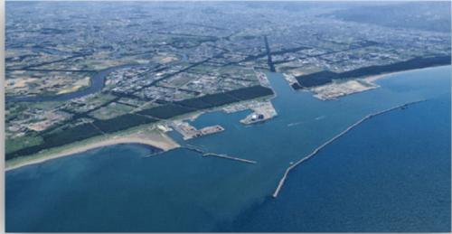 石狩湾新港の背後に広がる企業団地