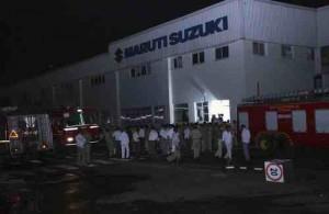 暴動で火災が起きたスズキのインド子会社「マルチ・スズキ」の工場=インド・ハリヤナ州で2012年7月18日、ロイター
