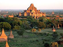 バガン王朝の都、バガンの遺跡