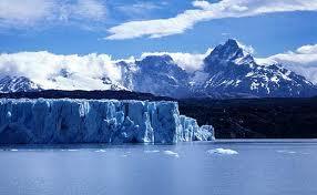 氷河の氷も年々、縮んでいる