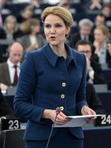 EU議長国デンマークのトーニングシュミット首相(2012年1月18日、フランス・ストラスブール)