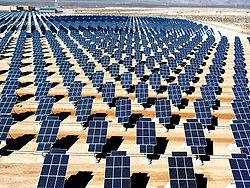 solar250px-Giant_photovoltaic_array