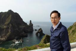 竹島上陸を自画自賛する李大統領